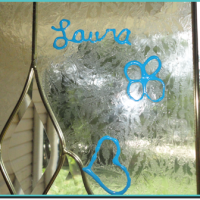 DIY: Create Your Own Homemade Window Clings!