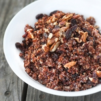 Quinoa with Pecans and Raisins