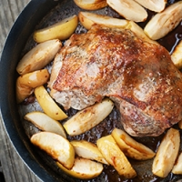 Pork Roast with Baked Apples