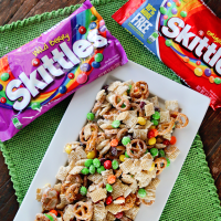 Rainbow Snack Mix For Your Next Party