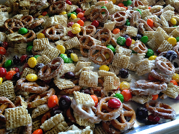 sweet cereal snack mix recipes